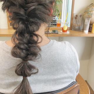 ヘアアレンジ アンニュイほつれヘア セミロング アウトドア ヘアスタイルや髪型の写真・画像 ヘアスタイルや髪型の写真・画像
