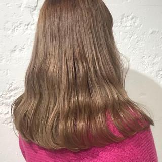 ガーリー セミロング ブリーチ必須 簡単ヘアアレンジ ヘアスタイルや髪型の写真・画像