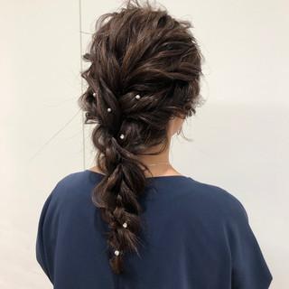 成人式 ナチュラル ロング シニヨン ヘアスタイルや髪型の写真・画像