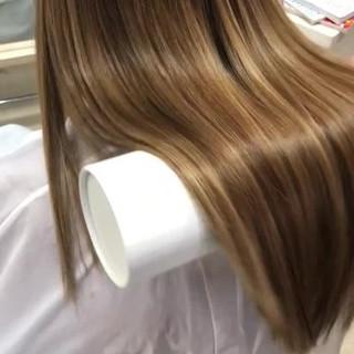 ロング 美髪 ナチュラル トリートメント ヘアスタイルや髪型の写真・画像 ヘアスタイルや髪型の写真・画像