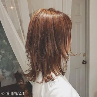 大人かわいい 切りっぱなし ゆるふわ 外国人風 ヘアスタイルや髪型の写真・画像