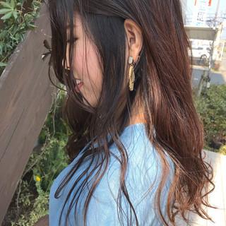 デート 外ハネ グラデーションカラー ロング ヘアスタイルや髪型の写真・画像