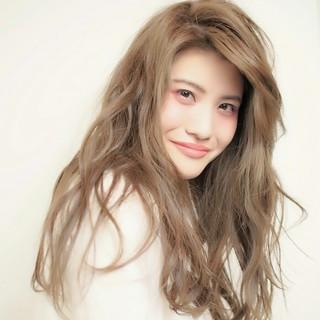 前髪なし 外国人風 ナチュラル ロング ヘアスタイルや髪型の写真・画像