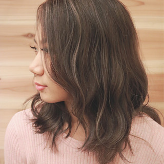外国人風 グラデーションカラー ストリート ミディアム ヘアスタイルや髪型の写真・画像