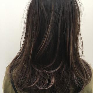 簡単ヘアアレンジ ロング 涼しげ オフィス ヘアスタイルや髪型の写真・画像