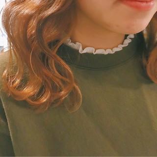 ガーリー 冬 ヘアアレンジ 波ウェーブ ヘアスタイルや髪型の写真・画像