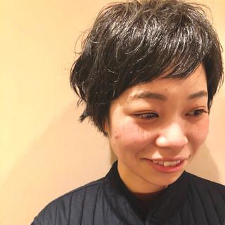 くせ毛風 ショート パーマ くせ毛 ヘアスタイルや髪型の写真・画像