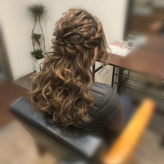ヘアセット ロング ヘアアレンジ ねじり ヘアスタイルや髪型の写真・画像