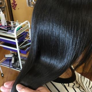ナチュラル ロング 縮毛矯正 ストレート ヘアスタイルや髪型の写真・画像