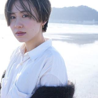 極細ハイライト コントラストハイライト 外国人風 ベージュ ヘアスタイルや髪型の写真・画像