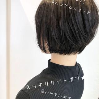 切りっぱなしボブ ナチュラル ショート ミニボブ ヘアスタイルや髪型の写真・画像