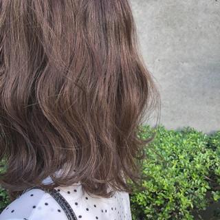 ナチュラル ラベンダー インナーカラー ラベンダーアッシュ ヘアスタイルや髪型の写真・画像