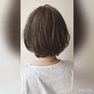 ゆるふわ ショートボブ ハイライト 大人かわいい ヘアスタイルや髪型の写真・画像