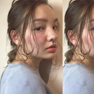 大人かわいい ヘアアレンジ セミロング ナチュラル ヘアスタイルや髪型の写真・画像