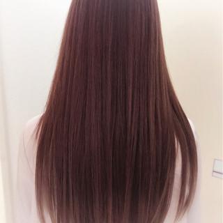 ベージュ ピンク ストレート レッド ヘアスタイルや髪型の写真・画像