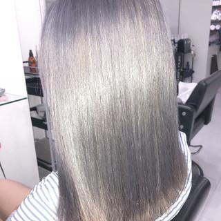 セミロング 外国人風カラー ストリート シルバーアッシュ ヘアスタイルや髪型の写真・画像