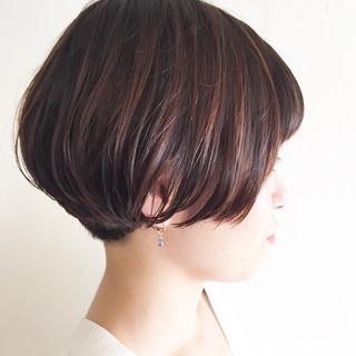 透明感カラー トレンド ショート オシャレ ヘアスタイルや髪型の写真・画像