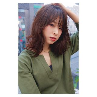 大人かわいい パーマ 簡単 レイヤーカット ヘアスタイルや髪型の写真・画像 ヘアスタイルや髪型の写真・画像