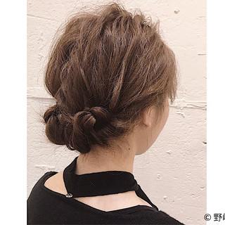 オフィス ショート 簡単ヘアアレンジ ルーズ ヘアスタイルや髪型の写真・画像 ヘアスタイルや髪型の写真・画像