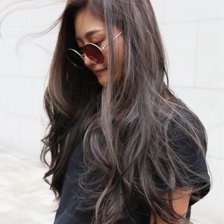 ロング パーマ アッシュ 外国人風 ヘアスタイルや髪型の写真・画像