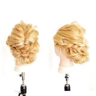 ショート ヘアアレンジ グラデーションカラー くせ毛風 ヘアスタイルや髪型の写真・画像