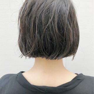 ボブ 切りっぱなし アンニュイ ウェーブ ヘアスタイルや髪型の写真・画像