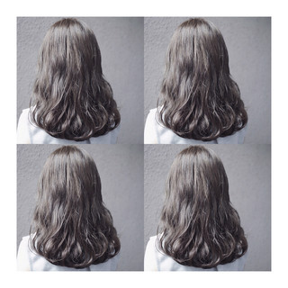 ストリート グレーアッシュ セミロング グレー ヘアスタイルや髪型の写真・画像