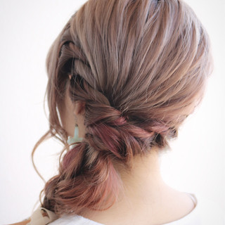 ヘアアレンジ ショート ヘアアクセ 大人女子 ヘアスタイルや髪型の写真・画像