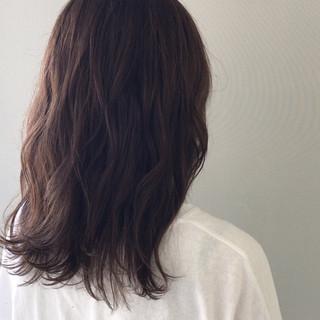 透明感 ミディアム ヘアアレンジ デート ヘアスタイルや髪型の写真・画像