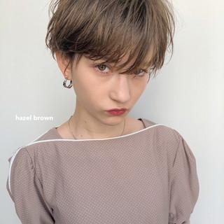 ガーリー ショート アンニュイほつれヘア ハイライト ヘアスタイルや髪型の写真・画像