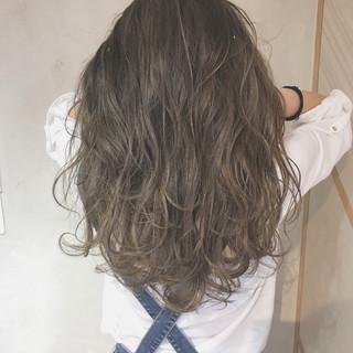 ハイライト デート エレガント イルミナカラー ヘアスタイルや髪型の写真・画像