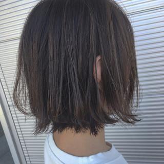 外国人風 ボブ ハイライト ナチュラル ヘアスタイルや髪型の写真・画像 ヘアスタイルや髪型の写真・画像