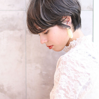 ショートボブ ショート 大人かわいい パーマ ヘアスタイルや髪型の写真・画像
