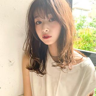 デート ミディアム 大人かわいい ひし形シルエット ヘアスタイルや髪型の写真・画像