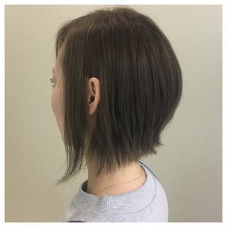 グレージュ ショート ナチュラル 外国人風カラー ヘアスタイルや髪型の写真・画像