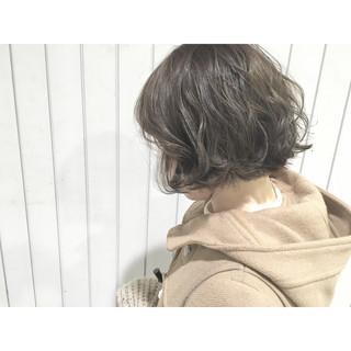フェミニン ハイライト アッシュ モード ヘアスタイルや髪型の写真・画像