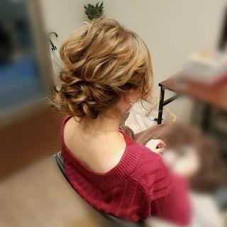 ヘアアレンジ 結婚式 ミディアム フェミニン ヘアスタイルや髪型の写真・画像 ヘアスタイルや髪型の写真・画像