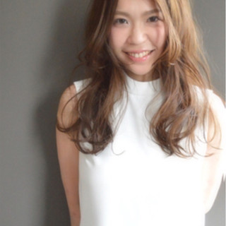 大人かわいい ゆるふわ ハイライト 夏 ヘアスタイルや髪型の写真・画像