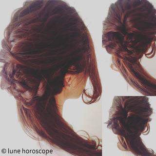 ヘアアレンジ フェミニン ロング モテ髪 ヘアスタイルや髪型の写真・画像 ヘアスタイルや髪型の写真・画像