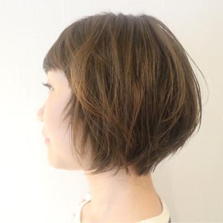 小顔 ショートボブ ショート ナチュラル ヘアスタイルや髪型の写真・画像