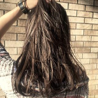 OL ブリーチなし ハイライト ロング ヘアスタイルや髪型の写真・画像