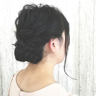 セミロング 黒髪 ゆるふわ 大人かわいい ヘアスタイルや髪型の写真・画像