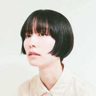 ナチュラル ショートヘア ミニボブ ショートボブ ヘアスタイルや髪型の写真・画像