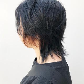 カーキアッシュ ネオウルフ ウルフカット カーキ ヘアスタイルや髪型の写真・画像