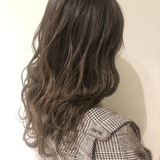 フェミニン 外国人風 西海岸風 セミロング ヘアスタイルや髪型の写真・画像