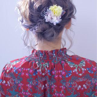 シニヨン ゆるふわ フェミニン 結婚式 ヘアスタイルや髪型の写真・画像