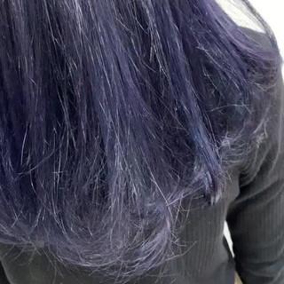 アンニュイほつれヘア ミディアム ネイビーブルー アッシュベージュ ヘアスタイルや髪型の写真・画像