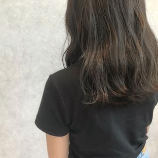 抜け感 ミディアム 前髪あり 色気 ヘアスタイルや髪型の写真・画像