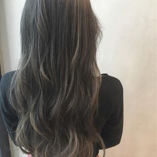 ハイライト ナチュラル グラデーションカラー 暗髪 ヘアスタイルや髪型の写真・画像
