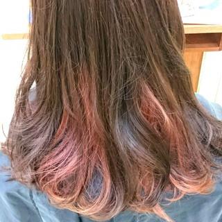 ブリーチ ハイライト ピンク ピンクアッシュ ヘアスタイルや髪型の写真・画像